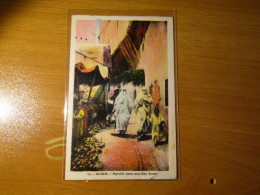CARTOLINA ALGER  1935   MARCHE DANS UNA RUE ARABE   - D 2922 - Algeria