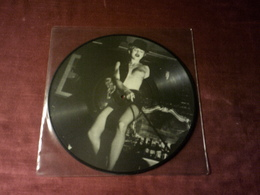 MADONNA  °°  INTERVIEW     PICTURE DISQUE  MAD 10P  25 CM - Special Formats