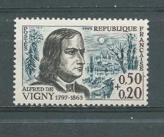 FRANCE -  Yvert  N° 1375 **  ALFRED DE VIGNY - France