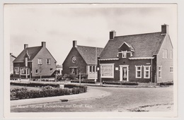 Aduard - Groene Kruisgebouw Met Geref. Kerk - Nederland