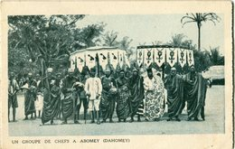 UN GROUPE DE CHEFS A ABOMEY ( DAHOMEY ) -   DAKAR  -  L' ANSE BERNARD  -  CARTE EN TROIS VOLET  -  VOIR SCAN - Senegal