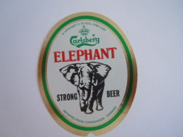 Label Etiquette Bier Bière Beer Carlsberg Elephant Strong Beer Imported From Denmark - Bière