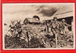 AK Photokarte Wehrmacht - Unteroffiziere Im Kampf - Guerra 1939-45
