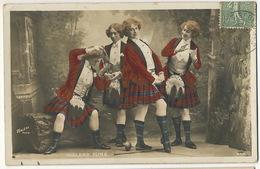 Highland Fling Women Scottish Dance Whisky Fences Kilt Escrime Texte Dos Tarot - Kabarett