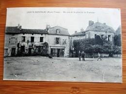 Rare !!!!!!!!! Vue De  CHATEAUPONSAC - Un Coin De La Place De La Fontaine - Animée - Philatélie En 1920 - Chateauponsac