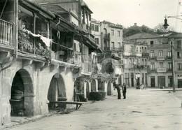 1952 REAL PHOTO POSTCARD BARRIO MARINERO VIGO GALICIA SPAIN ESPAÑA CARTE POSTAL STAMPED TIMBRE - Málaga