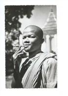 Indochine Cambodge Un Bonze TB Hoa-Gui Papier Glacé Colonies Françaises 2 Scans 1950s - Cambodja