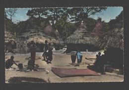 Brazzaville (édit. Papeterie De L'A.E.F.) - L'Afrique En Couleurs - Scènes De Vie Au Village - Animée - Brazzaville