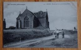 85 : Grues - Entrée Par La Route De Saint-Denis - Animée : Petite Animation - Eglise / Chapelle - (n°13378) - France