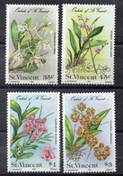 SAINT VINCENT  Timbres Neufs ** De 1985  ( Ref 5731 )  Fleurs - St.Vincent (1979-...)