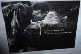 Carte Postale Double - Royal Navy & Royal Marines (homme En Train De Vomir) - Publicidad