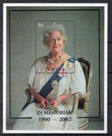 NEVIS Timbre Neuf ** De 2002    ( Ref 5734 )  Famille Royale - Queen Mother - St.Kitts-et-Nevis ( 1983-...)