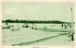 29. CPA. ILE TUDY.  La Jetée.  Barques, 1948. - Ile Tudy