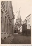 Foto 2x Carte Photo - Asse Assche - Afm. 6 Cm X 8,5 Cm / 6,5 Cm X 9,5 Cm - Ca. 1950 - Kerk - Asse