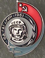 113-1 Space Russian Pin. Gagarin - First Man In Space 1961 - Espace