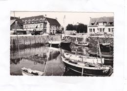 CPSM : 14 X 9   -  2  -  CARTERET  -  Le Petit  Port - Carteret