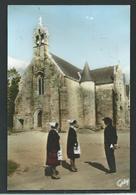 KG 22-34 - Saint Servais - Costumes De Callac Devant La Chapelle Saint Servais - France