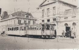 Photographie De Trams Devant La Gare De Namur Années 50 - Other