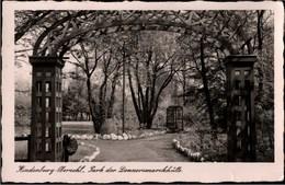 ! Alte Ansichtskarte Hindenburg Oberschlesien, Park Der Donnersmarckhütte, 1938 - Schlesien