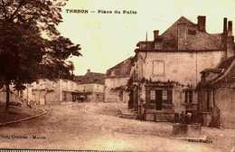 24....Dordogne......thenon...place Du Puit - France