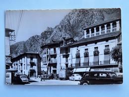 Carte Postale : ANDORRA LA VELLA : Place Du Principe Benlloch, Animé, Timbre En 1957 - Andorre