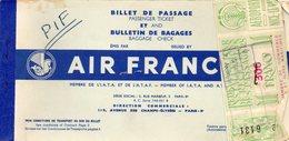 Air France. Billet De Passage Nice Ajaccio. Avec Vignette Chambre De Commerce Nice 300 Francs. Aout 1955. - Titres De Transport