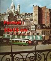 Reproduction D'une Photographie D'un Ancien Bus Boulevard De Rochechouart à Paris En 1955 - Reproductions