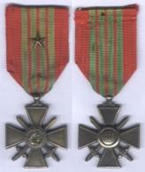 Médaille Croix De Guerre 1939 - 1945 Avec Une étoile - Francia