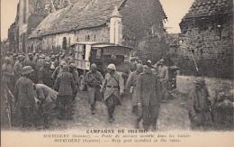 SOYECOURT          POSTE DE SECOURS INSTALLE DANS LES RUINES.  AMBULANCE - Guerre 1914-18