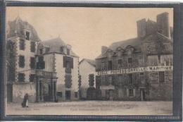 Carte Postale 44. Le Croisic  école D'apprentissage Maritime Ancien Hotel Des Ducs D'Aiguillon   Très Beau Plan - Le Croisic