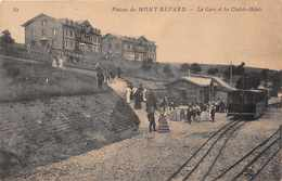 MONT REVARD  - La Gare Et Les Chalets ( Train ..animée) - France