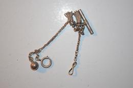 Chaîne De Montre Argent Ancienne Avec Clé - Necklaces/Chains
