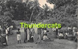 CPA SRI LANKA CEYLON CEYLAN FRUIT SELLERS AT GRAND PASS - Sri Lanka (Ceylon)