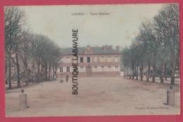 14 - LIVAROT---Place Pasteur---colorisée - Livarot