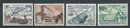MADAGASCAR 1956 . Série N°s 327 à 330 . Neufs * (MH) - Madagascar (1889-1960)