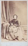 ANTIQUE CDV PHOTO.SEATED OLDER LADT. LONG FULL DRESS .  TURRIFF  STUDIO - Photographs