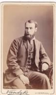 ANTIQUE CDV PHOTO.  SEATED BEARDED MAN.  LIVERPOOL STUDIO - Photographs