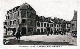 Cpa - Plomodiern - Rue De L'Eglise, Hôtel Du Ménez-Hom - - Plomodiern