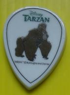 Fève Plate Disney  -  Médaillon  - Tarzan - Le Singe Kerchak - Réf AFF 2000 29 - Disney