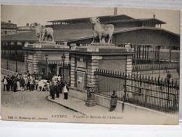 Anvers. Façade Et Entrée De L'Abattoir. Edit G.Hermans, Anvers. Animée. Vaches. Non Circulé - Antwerpen