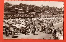 FKE-29 Marché à Madagascar Vu Par Stavy. Circulé En 1951 Vers Genève - Madagascar