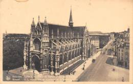 BRUXELLES - Eglise Notre-Dame Du Sablon Et Rue De La Régence - Monumenten, Gebouwen