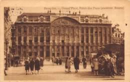 BRUXELLES - Grand'Place, Palais Des Ducs (ancienne Bourse) - Places, Squares