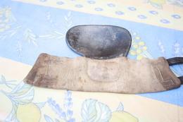 Ancien Bracelet De Protection Main. - Tiro Al Arco