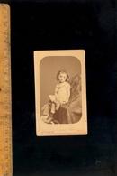 Photographie CDV : Enfant Fillette C1880 / Atelier Photographe Théodore GREMION Rue De Strasbourg à MACON Saône Et Loire - Photographs