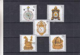 Allemagne - République Fédérale - Yvert 1463 / 67 ** - Horloges - Montres - Valeur 12 Euros - Horlogerie