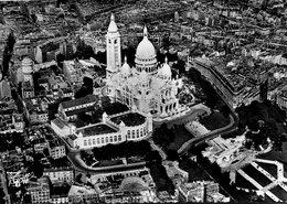 75 - PARIS - La Basilique Du Sacré-Cœur De Montmartre. Place Du Tertre, à Droite, La Rue Lamarck - Sacré Coeur