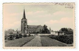 St.Pieters-Lille   Het Kerkhof Met De Kerk - Lille