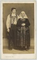 CDV 1860-70 J. Trésorier à Nantes . Mariés En Costume Traditionnel . Loire-Atlantique . - Oud (voor 1900)