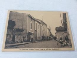 69 - VERNAISON Port Perret Et Salle Des Combattants Animée - France